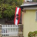Österreichischer Nationalfeiertag am 26.10. - Der Präsi hat die Fahne natürlich aufgehängt, so wie es Brauch ist am Tag der Fahne!
