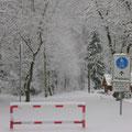 der Weg ist zugeschneit