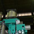 油・空圧機器  油圧シリンダー・エアーシリンダー