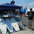 原田正規プロが代表を勤める rase surfboard ブース