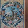 Paravent de la Savonnerie, détail, cartouche fable d'Esope, Le renard et la cigogne. Ph. Y.F.