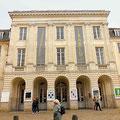 Arras, façade du Théâtre / Photo JH
