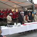 Weihnachtsmarkt in Oelsnitz mit Stollenanschnitt
