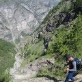 Tiefblick ins Mattertal auf dem Rückweg nach Randa via Chüeboden
