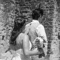 futurs époux se découvrent mariage champêtre hippie bohème