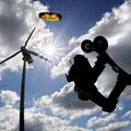 http://www.focus.de/fotos/luftig-beim-kite-landboarding-steht-man-auf-einem-grossen-skateboard_mid_1075348.html
