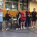 Turnierleitung Rüdiger, Oberschiedsrichterin Gudrun und die Erstplazierten