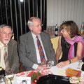 Gerd Henkel, Prof.Hans-Dieter Sondershausen (Ehrenmitglieder, über 50 Jahre im Verein!) und Tochter Gudrun