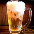まずは、ビール。昨日も同じのが出てましたが、間違いなくこれは、今夜のビールです。