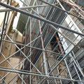 Ponteggio metallico in Napoli alla via Duomo