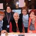 Françoise, notre trésorière, est entourée de Jacky, Caroline, Germaine et Prim, nos bénévoles