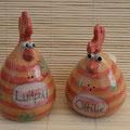 """""""Luitpold und Ottilie""""  -  Hühnchenpaar Artikel-Nr. 2123 /24 €"""