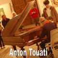 Anton Touati - piano
