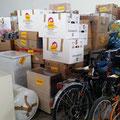 Nach Stationen sortierte und verpackte Waren