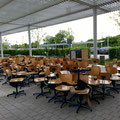 Stühle vor der Realschule / Teil 2