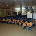 Stühle in der Keltengrundschule / Teil 1