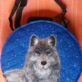 Wolf 3 mit Glitzergarn u. Strass