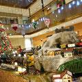クリスマスのジオラマ(ヒルトン大阪)例年 ジオラマが見られます