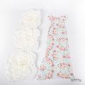Romantisches und eng anliegendes Strechkleid mit Blumenmuster für Babybauchfotos in Schutterwald