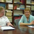 IAW Treffen: Anje Wiersinga und Ursula Nakamura