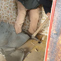 Dank der tätkräftigen Unterstützung eines ehemaligen Gartenhauspächter konnten die Böden vorsichtig aufgebrochen...