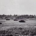 Schützenpanzer und Kampfpanzer im Scharfen Schuß in Shilo (Kanada).