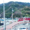 窓から見える長浜大橋
