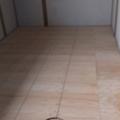 針葉樹合板を貼りました。