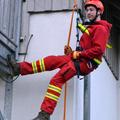 DLRG trainiert auch Abseilen und Klettern
