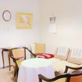 カウンセリングルーム「オレンジ」、その他 防音の面接室が6部屋あります。