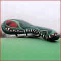 Toony Selle crocale grün, Leder handpunziert, Unika.t