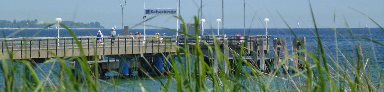 Seebrücke in Scharbeutz an der Ostsee in der Lübecker Bucht