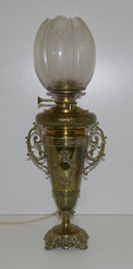 Petroleumlampe, Messing, Historismus, 1896, Geätztes Glas , € 320,00