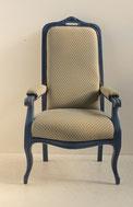 Voltaire Sessel, blau gefasst, Rosshaarpolsterung, € 600,00