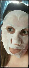 Maschera Age Activ Matt stesa sul mio viso per rendervi l'idea