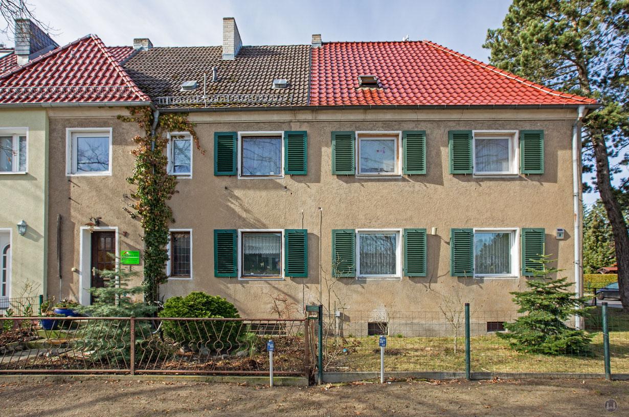 Häuserzeile in der Erich-Klausener-Straße in Blankenfelde-Mahlow.