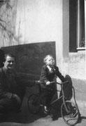 Falk lernt Fahrrad fahren