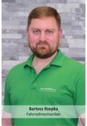 Bartosz RzepkaPascal Guthauser, e-Bike Service der e-motion e-Bike Welt Dietikon