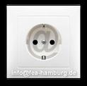 "Grafik: ""Steckdose E-Mail"" FISCHER ELEKTRO ANLAGEN - fea-hamburg.de | Elektriker im Raum Hamburg"