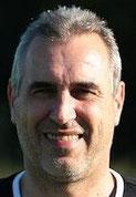 Trainer Peter Felsen war mit der 1. Halbzeit nicht zufrieden