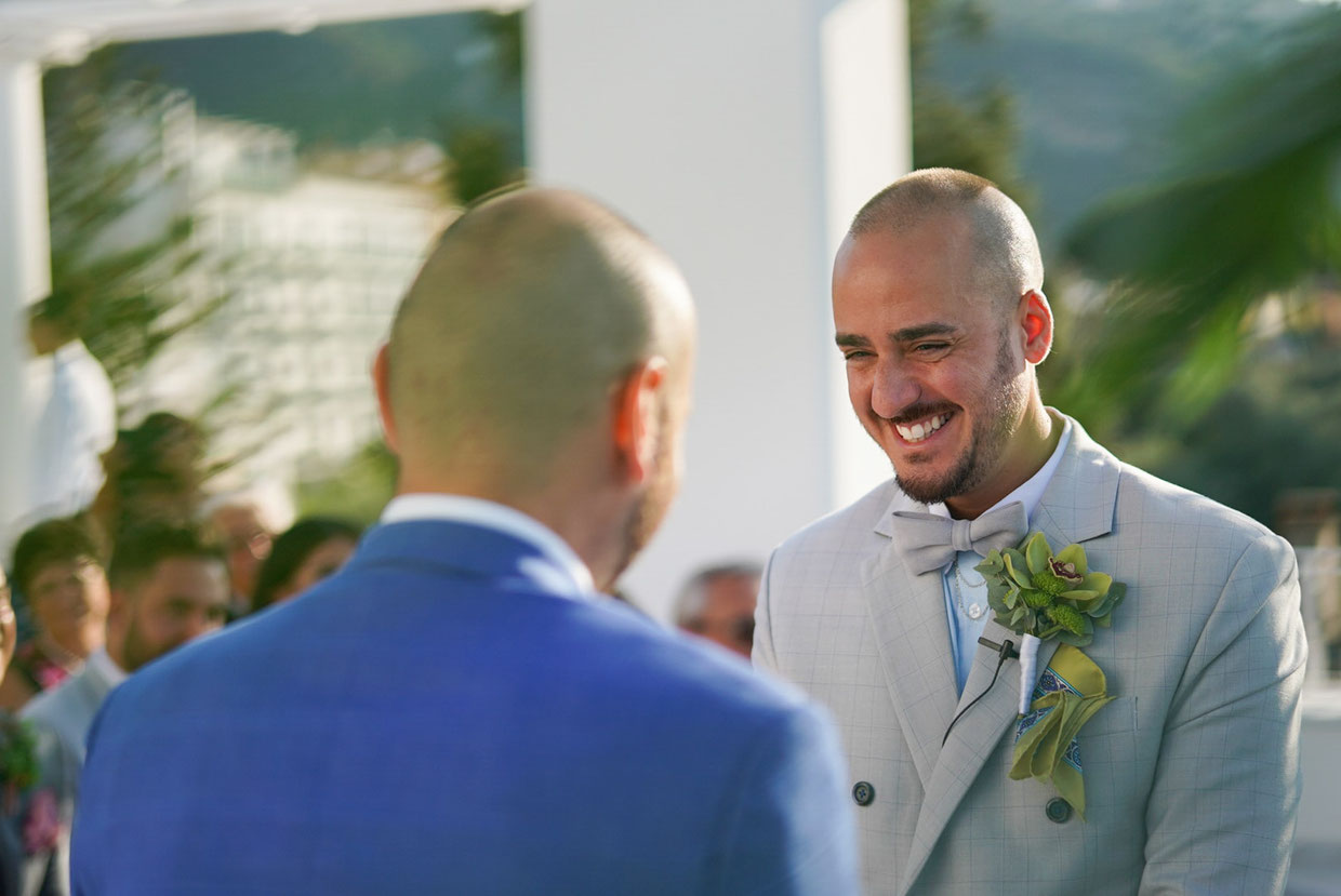 promise-wedding-gay-coast-sorrento