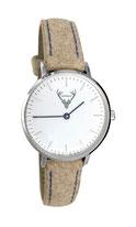 silberne Uhr mit hellbraunem Filzband Tracht