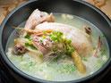 薬膳参鶏湯(サムゲタン)