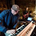 Robert Schuler extended Trio
