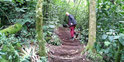 Caminos con escaleras construidos a mano, ¡wow!