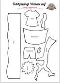 Spielbuch Schablone Teddy hängt Wäsche auf