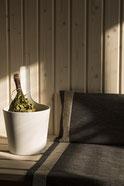 Saunakissen und andere Saunazubehör online bestellen. Finnische Sauna genießen. Saunaduft
