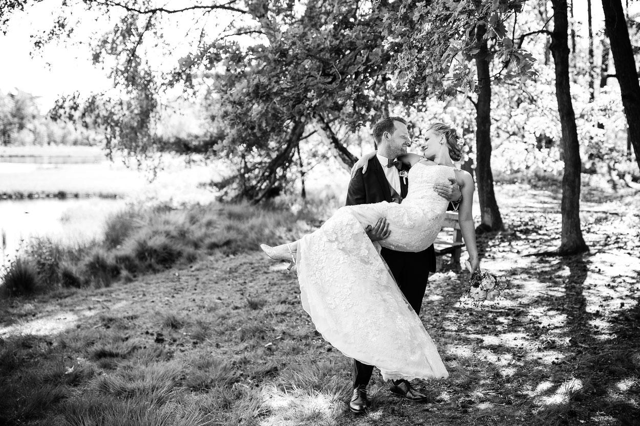 Hochzeit Anne & Jesse, Hochzeitsfotografin Birgit Fechner und Theresa Schwedt, FOTOFECHNER, Eggershof, Ellingen, Soltau