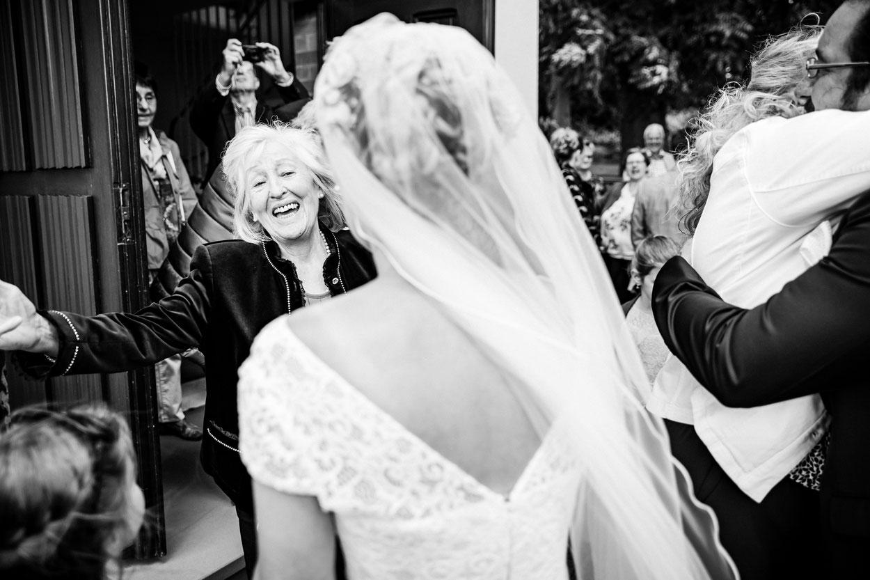 Hochzeitsfotograf Saarland - Fotograf Kai Kreutzer 41900129 - Saarbrücken, Saarlouis, Luxemburg Hochzeitsreportage