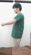 肩こりのストレッチ肩甲骨-②